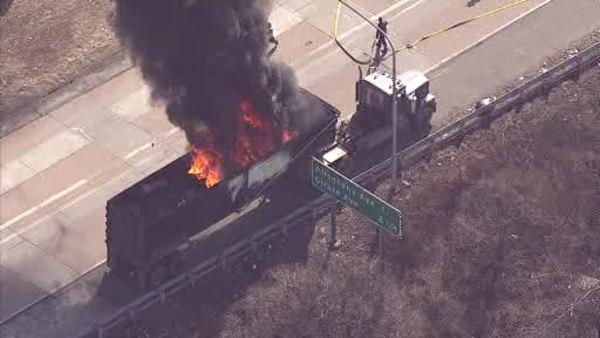 Truck fire blocks ramp to I-95 in Port Richmond