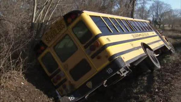 NJ bus driver swerved to avoid deer