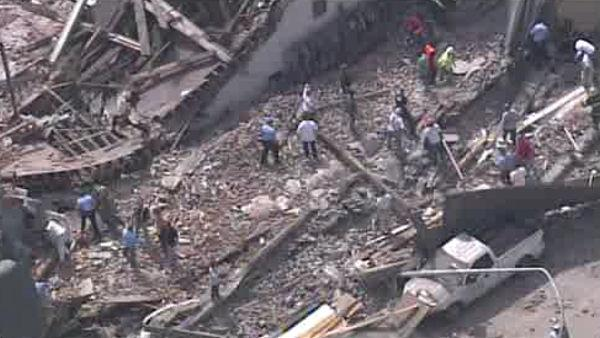 Building collapse at 22nd and Market Sts in Cente