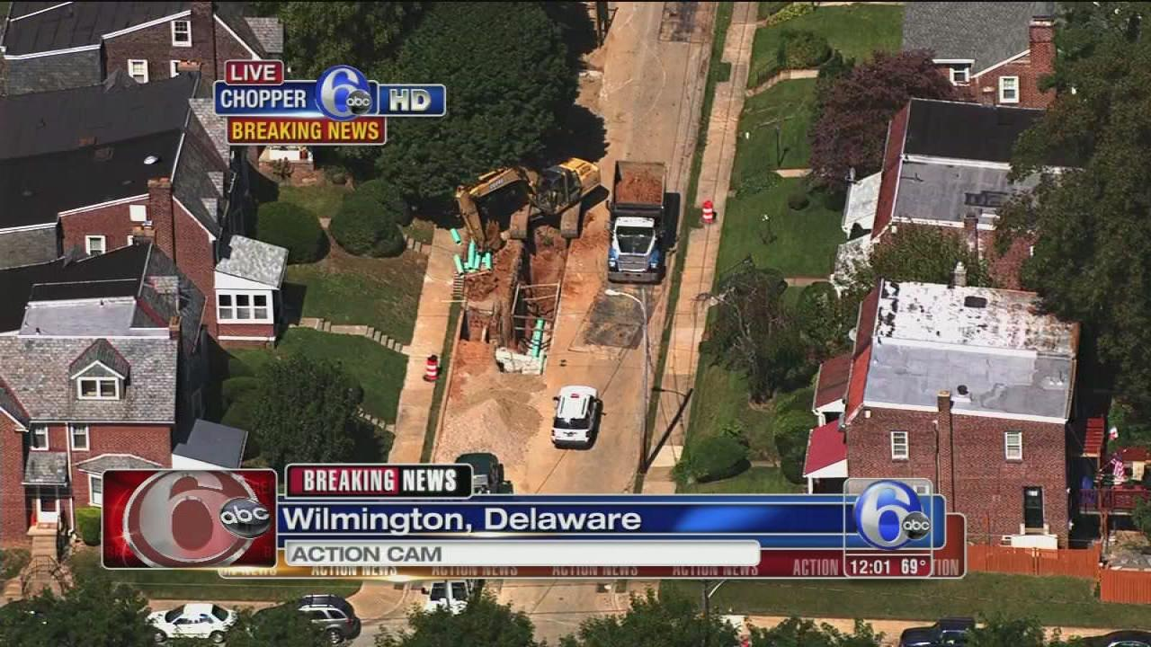 Wilmington school lockdown, homes evacuated