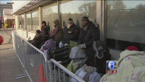 Shoppers lining up outside stores on Thanksgiving