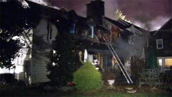 Fire damages home in Talleyville, Delaware