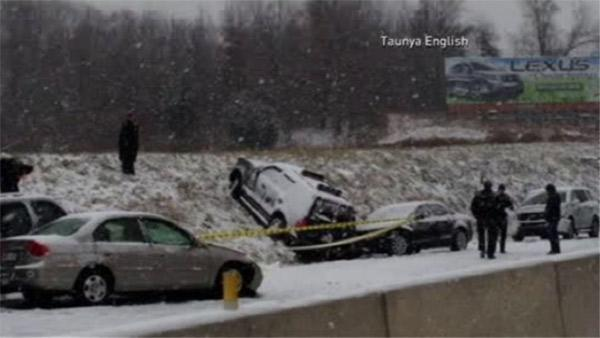 1 dead, 50+ cars involved in Pa. Turnpike crashes