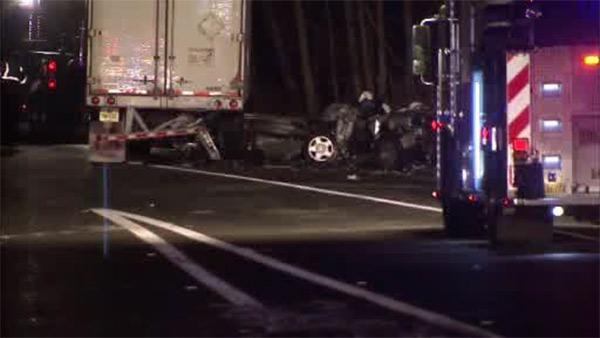 2 dead after truck and  car collide in Mercer County