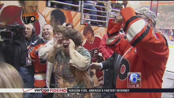 Flyers fans receive greatest Christmas gift