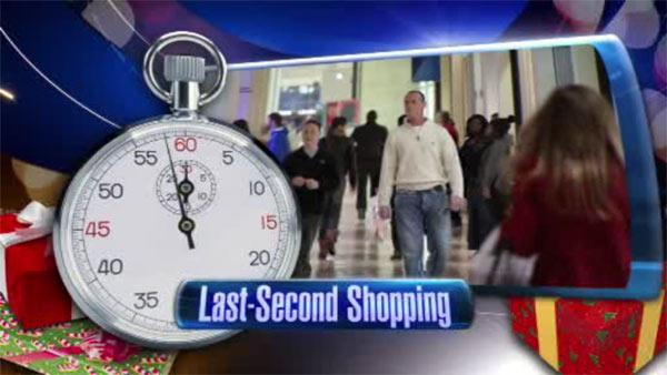 Holiday shoppers down to the wire