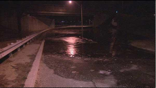 Ice jams, flooding on Delaware River at Trenton