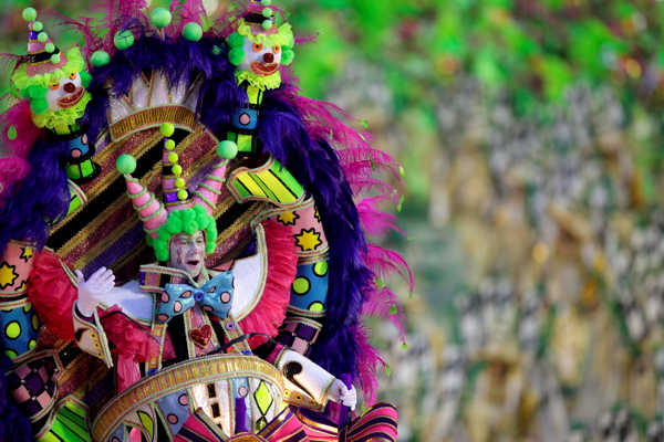 A performer from the Mangueira samba school parades during carnival celebrations at the Sambadrome in Rio de Janeiro, Brazil, early Monday March 7, 2011.  <span class=meta>(AP Photo&#47;Felipe Dana)</span>