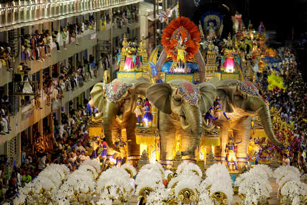 The Vila Isabel samba school performs during a carnival parade in the Sambadrome in Rio de Janeiro, Brazil, early Monday March 7, 2011.  <span class=meta>(AP Photo&#47;Felipe Dana)</span>