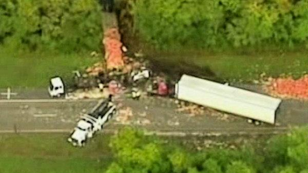Meat truck rear-ends onion truck in Fla.
