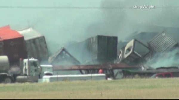 3 people missing after trains collide in Oklahoma