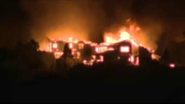 Ferocious fire devours homes in Colorado Springs