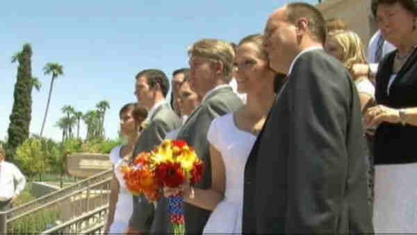 5 siblings get married on same day