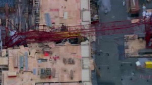 Crane collapses in New York City