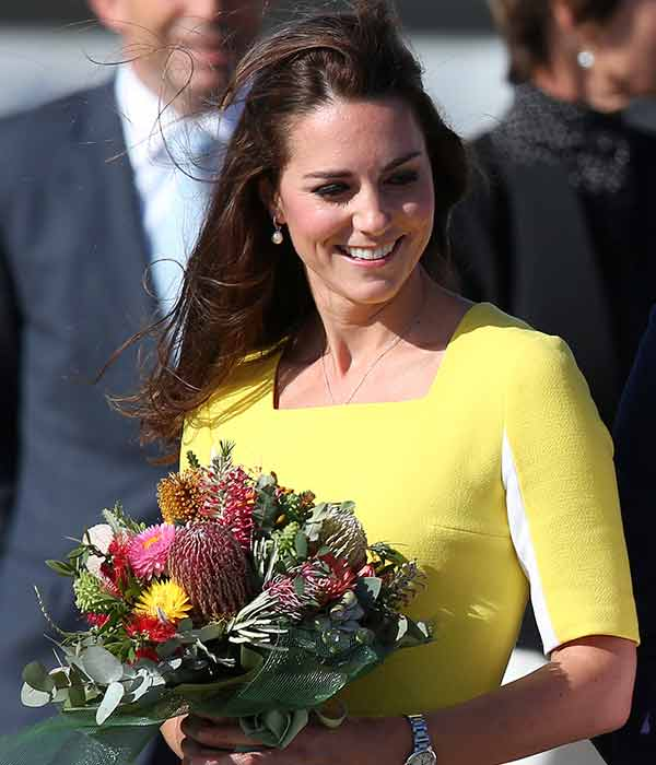"<div class=""meta image-caption""><div class=""origin-logo origin-image ""><span></span></div><span class=""caption-text"">Britain's Kate, Duchess of Cambridge, with a bouquet of flowers arrives in Sydney Wednesday, April 16, 2014. Britain's Prince William and Kate are on a three-week tour of Australia and New Zealand, the first official trip overseas with their son, Prince George. (AP Photo/Rob Griffith)</span></div>"