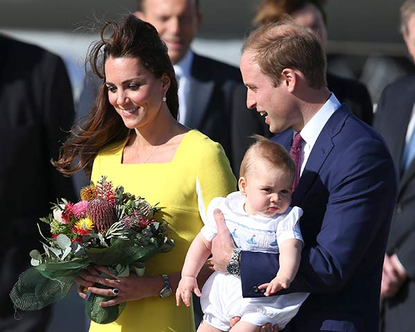 "<div class=""meta image-caption""><div class=""origin-logo origin-image ""><span></span></div><span class=""caption-text"">Britain's Prince William holding his son Prince George and his wife Kate, Duchess of Cambridge, arrive in Sydney Wednesday, April 16, 2014. The royal couple are on a three-week tour of Australia and New Zealand, the first official trip overseas with their son, Prince George. (AP Photo/Rob Griffith)</span></div>"