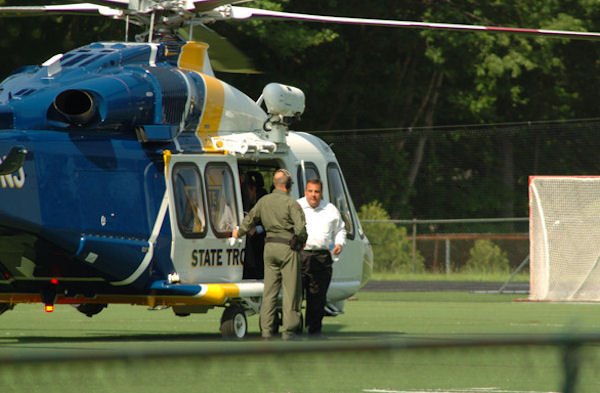 Gov. Chris Christie takes state helicopter to...