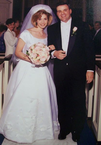 "<div class=""meta ""><span class=""caption-text "">Karen Rogers' wedding in 1996</span></div>"