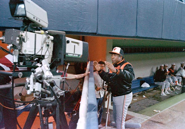 "<div class=""meta ""><span class=""caption-text "">1988 Baltimore Orioles - Baltimore Orioles manager Frank Robinson gives a warning to a television cameraman to keep the camera out of the dugout during late inning action against the Minnesota Twins Tuesday night, April 27, 1988 as the Orioles extended their losing streak to 19 games. The streak would last 21 games. (AP Photo/Jim Mone)</span></div>"