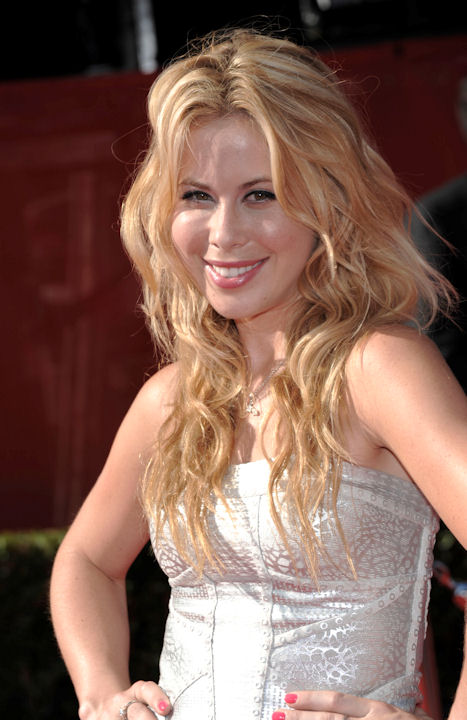 Figure skater Tara Lipinski arrives at the ESPY awards on Wednesday, July 13, 2011, in Los Angeles. (AP Photo/Dan Steinberg)