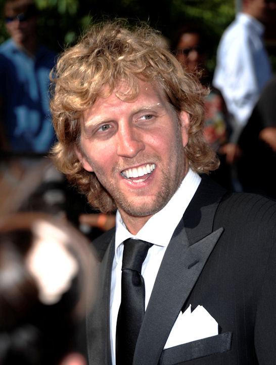 "<div class=""meta image-caption""><div class=""origin-logo origin-image ""><span></span></div><span class=""caption-text"">Dallas Mavericks Dirk Nowitzki arrives at the ESPY awards on Wednesday, July 13, 2011, in Los Angeles. (AP Photo/Dan Steinberg) </span></div>"