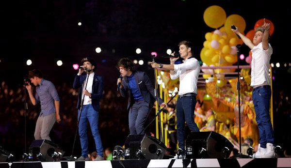 British-Irish boy band One Direction performs during the Closing Ceremony at the 2012 Summer Olympics, Sunday, Aug. 12, 2012, in London. (AP Photo/Matt Slocum)