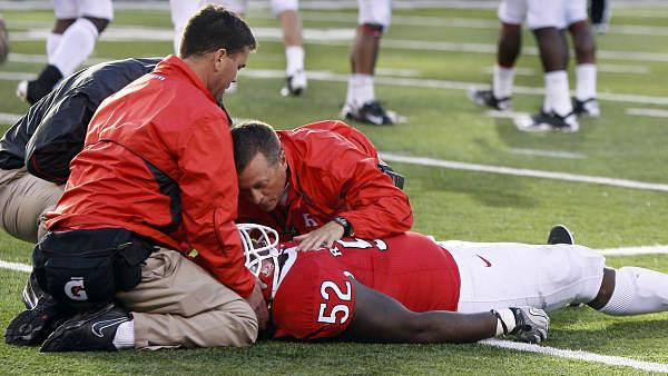 Rutgers' Eric LeGrand paralyzed from neck down
