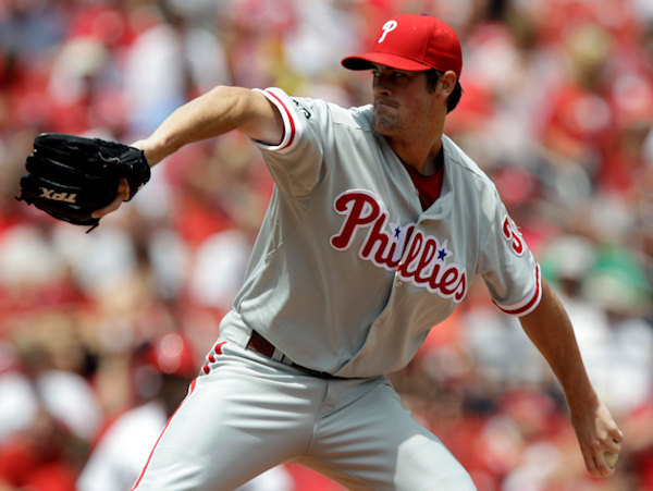 Philadelphia Phillies starting pitcher Cole Hamels throws during the first inning of a baseball game against the St. Louis Cardinals, Thursday, July 22, 2010, in St. Louis.  <span class=meta>(&#40;AP Photo&#47;Jeff Roberson&#41;  )</span>