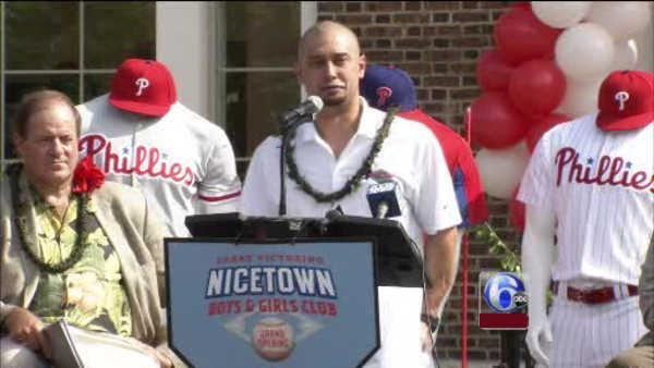 Phillies' Victorino opens new Boys & Girls Club