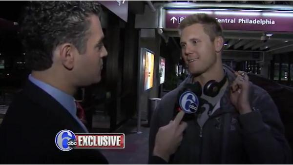 Exclusive: Papelbon arrives in Philly