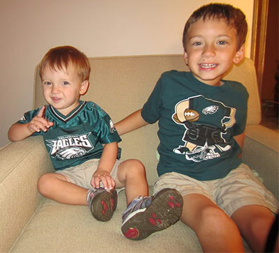 "<div class=""meta image-caption""><div class=""origin-logo origin-image ""><span></span></div><span class=""caption-text"">Gavin (on the left 18 mos old) is saying Eagles are #1 with big brother Dylan (4 years old on the right) from Newark, DE (Eagles Fan Photos - 2013 Playoffs)</span></div>"