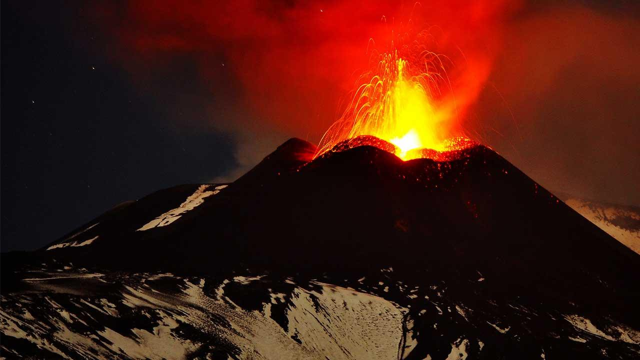 Mount Etna erupts in Italy <span class=meta>(AP Photo&#47;Carmelo Imbesi)</span>