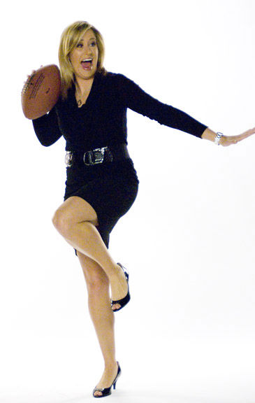"<div class=""meta ""><span class=""caption-text "">Jamie's Heisman pose  (WPVI Photo)</span></div>"
