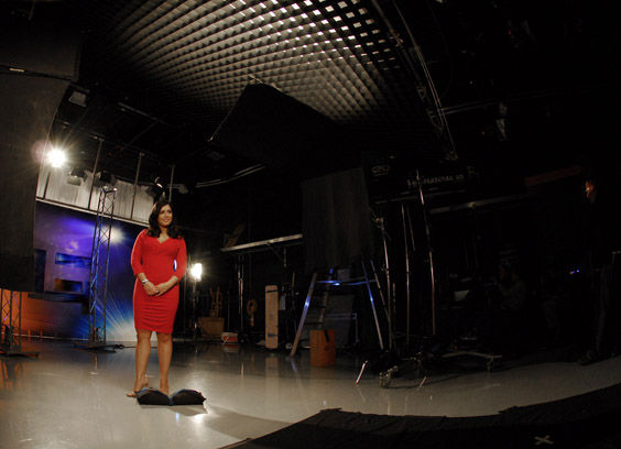 Alicia Vitarelli ready on set   <span class=meta>(WPVI Photo)</span>