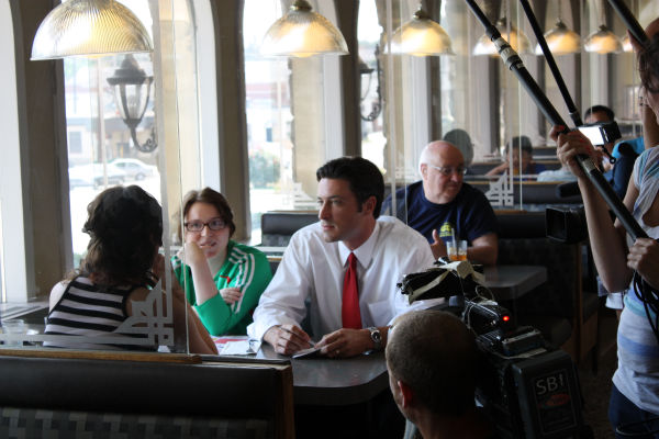 Matt O&#39;Donnell sits with two young Action News fans-and even takes their orders!  <span class=meta>(WPVI Photo)</span>