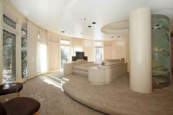 "<div class=""meta image-caption""><div class=""origin-logo origin-image ""><span></span></div><span class=""caption-text"">This former home of Whitney Houston, at 22 N. Gate Road in Mendham, New Jersey, is on the market for $1.49 million.  (Photo Credit: Greg Taylor)</span></div>"