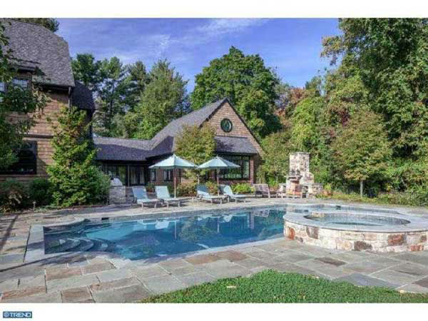 "<div class=""meta ""><span class=""caption-text "">Take advantage of the nice weather this weekend by checking out this $2.5 million home at 419 Thornbrook Avenue in Bryn Mawr.  There will be an open house on Sunday, March 23rd from 2p.m. to 4 p.m.    There is more information at SelmaSellsTheMainLine.com.   Photos used with permission. </span></div>"