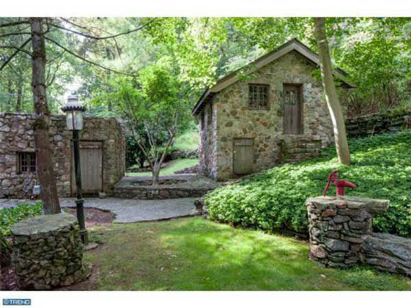 "<div class=""meta ""><span class=""caption-text "">This $1.3 million mansion in Gladwyne, Pa. is on the market.  This home was also recently featured on 6abc's FYI Philly!</span></div>"