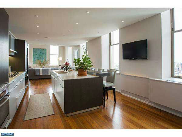 "<div class=""meta ""><span class=""caption-text "">Chase Utley's $4.3 million condo at 210 West Washington Square in Philadelphia is on the market.  See the full description www.centercityteam.com .  Photos used with permission.</span></div>"