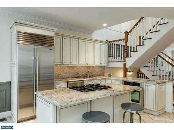 "<div class=""meta ""><span class=""caption-text "">The Philadelphia home of former Flyer Max Talbot is now on the market for $1.129 million!  The home is located at 609 S. 9th Street in the Bella Vista Neighborhood.    See the original listing on the website of Realtor Kristen Foote.  (Thanks to  Realtor Frank DeFazio for the tip). </span></div>"