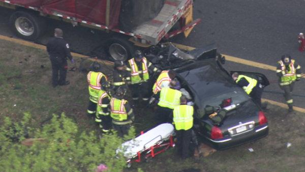 2 injured in NJTP crash in Cherry Hill