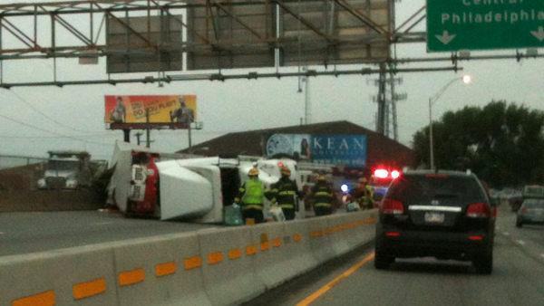 Truck crash on Schuy