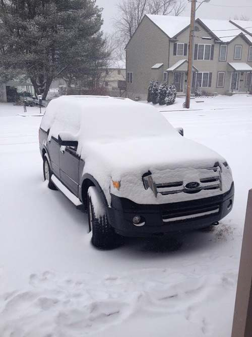 From Lesley Sgroi (@lesleylydon) on Twitter: Lots of snow in Reading, Pa.