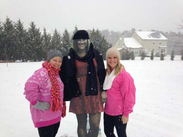 "Emalea Kempner (@emaleakempner) sent this picture via Twitter, saying"" Since my sister is in Puerto Rico, didn't want her to miss the snow storm!"