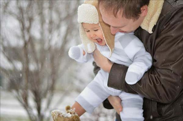 Tricia Lockwood said: Baby Shane loves his first encounter with snow!