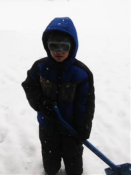 "<div class=""meta ""><span class=""caption-text ""> Anthony C enjoying the snow</span></div>"