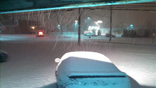 From Sendit.6abc.com: Snow in Delran, New Jersey.
