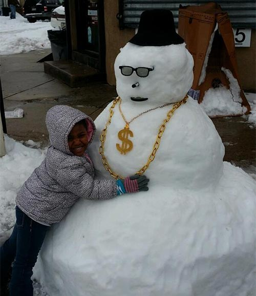 Destiny and &#39;G Money&#39; in South Philadelphia #6abcsnow <span class=meta>(@Ronriggz)</span>