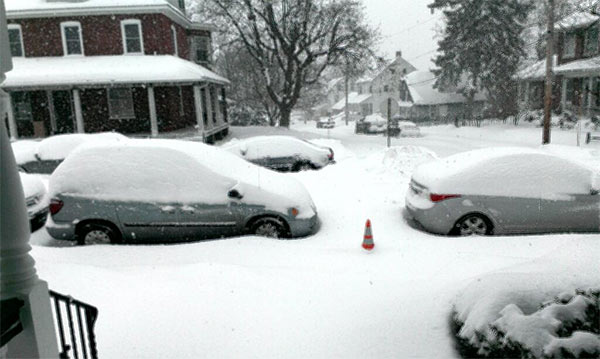 "<div class=""meta ""><span class=""caption-text "">The snow in Perkasie, PA isn't letting up. #6abcsnow (@BaroneStudio)</span></div>"