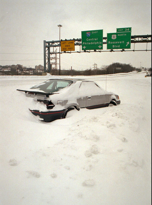 TOP 5 SNOWIEST WINTERS IN PHILADELPHIA     #2: 1995-1996; 65.5 inches   A car sits abandoned on the Schuylkill Expressway in Philadelphia, Monday, Jan. 8, 1996. (AP Photo/Chris Gardner)